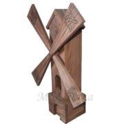 Мельница маленькая деревянная