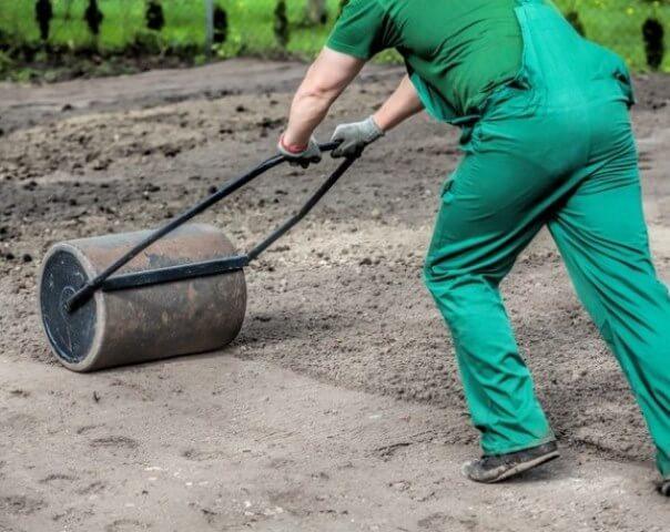 садовый каток для газона